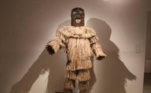 Un centenar de esculturas y máscaras muestran la cultura africana 'Fang' en el Museo de la Evolución