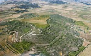Un equipo de arqueólogos estudia el asentamiento de la Edad del Hierro del Cerro Castarreño