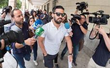 Defensa publica hoy la reincorporación del guardia civil de la 'La Manada', pero sin destino