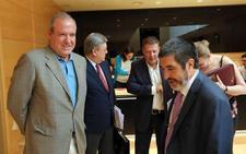 Jesús Terciado ironiza sobre la «exhibición de independencia» de los políticos en las cajas que frustró el proyecto de fusión