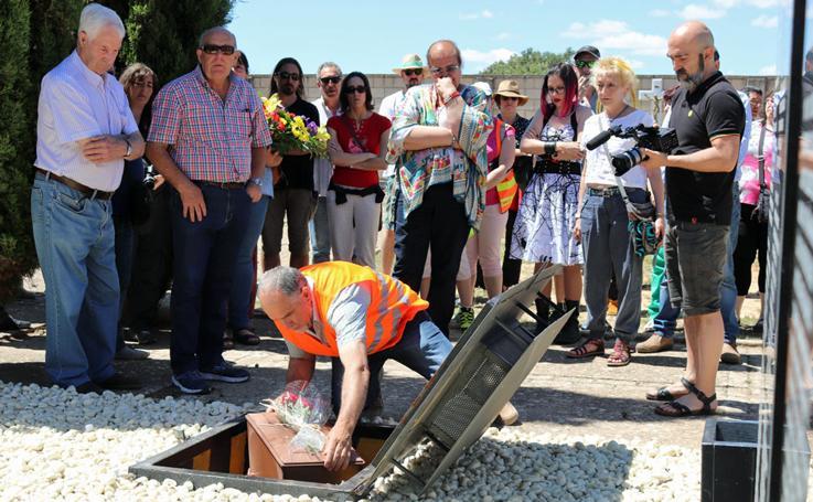 La Coordinadora por la Recuperación de la Memoria Histórica de Burgos ha reinhumado tres restos de soldados republicanos