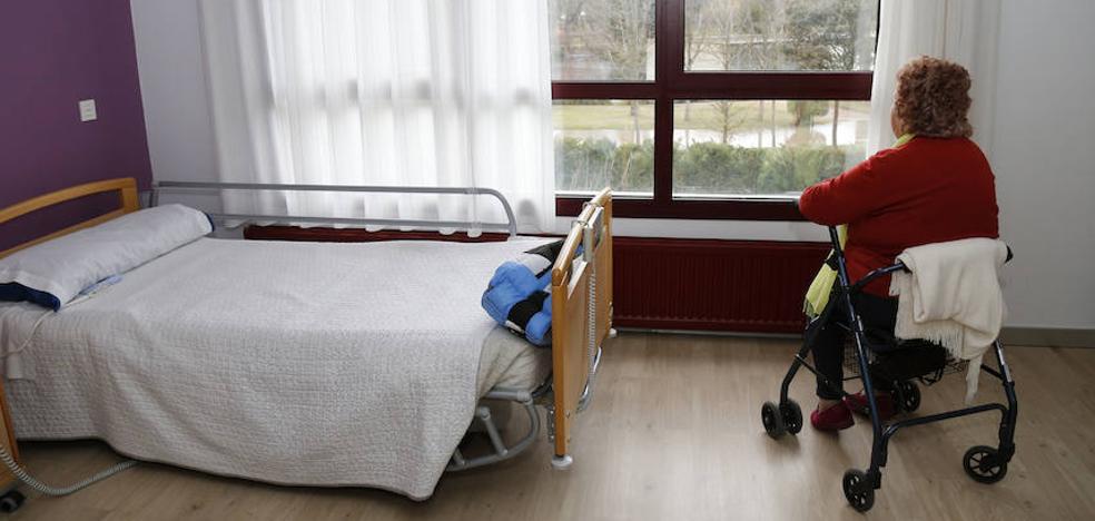 Aumentan los pacientes de Castilla y León que no pueden volver a casa al salir del hospital por falta de recursos