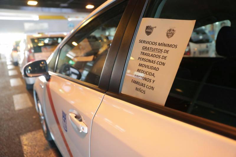 Los taxistas, unidos por la huelga