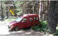 La Guardia Civil investiga a un conductor tras sufrir un accidente y dar positivo en la alcoholemia