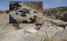 Un equipo del CENIEH encuentra restos del esqueleto de un elefante en Olduvai
