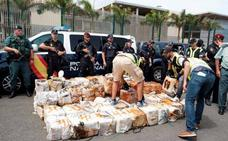 Llega a Las Palmas el barco con 2.500 kilos de cocaína interceptado en la operación contra los Charlines