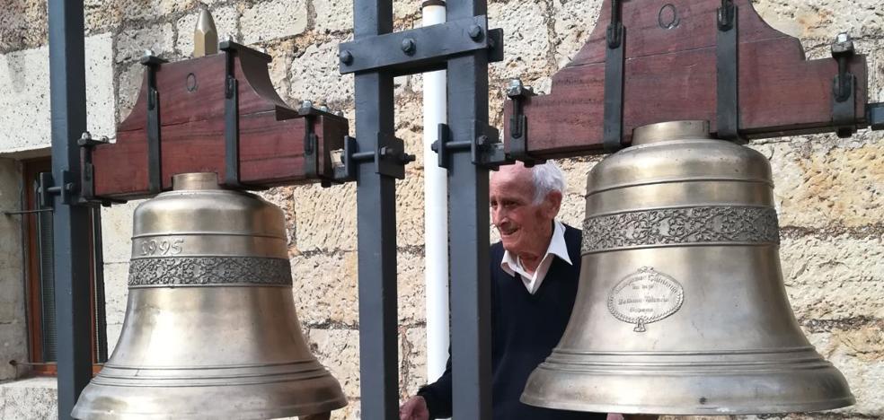 Las campanas de la provincia redoblan en Revilla del Campo