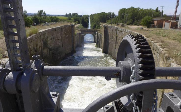 El Canal de Castilla: una impresionante obra hidraúlica del siglo XVIII casi olvidada
