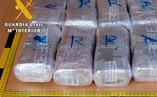Piden penas de dos a cinco años y tres meses para una banda de diez personas por tráfico de drogas