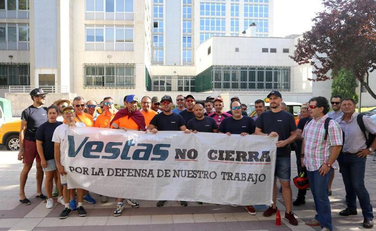 El presidente de la Junta se reúne en Valladolid con el Comité de Empresa de Vestas
