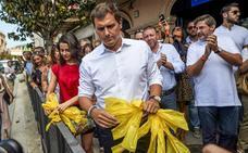 Ciudadanos se pone al frente de la brigada de «limpieza» contra los lazos amarillos