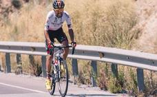 El portugués Mendes del Burgos BH, en fuga con el ganador de etapa