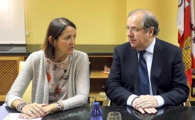 Gobierno y Junta recuerdan a Vestas que tiene «grandes intereses» en concesiones eólicas y hablan de «consecuencias»