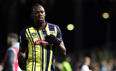 Bolt debuta como futbolista