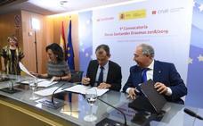 El Ministerio de Ciencia, el Santander y Crue ponen en marcha el programa 'Becas Santander Erasmus'