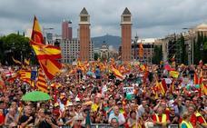 Un herido durante la tensa marcha en Barcelona por la defensa del Estado