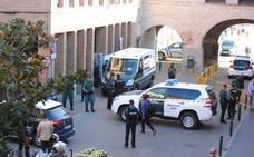 La Guardia Civil investiga si el crimen de Nava del Rey está ligado a un caso de maltrato