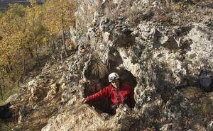 Comienzan las excavaciones en La Quebrantada para conocer la estratigrafía del yacimiento