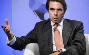 Aznar va al Congreso para hablar de las cuentas del PP