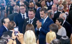 Torra y la Generalitat plantan al rey Felipe VI en el salón Gastech de Barcelona