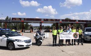 La Guardia Civil recibe a representantes del 'Proyecto EDWARD'
