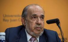 El exdirector del máster de Cifuentes realizó desvíos de dinero a su familia de la cuenta de la Universidad Rey Juan Carlos