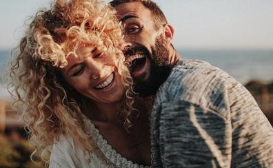 Azahara y Juanma Furió formalizan su amor