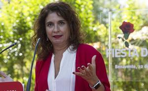 Montero quiere «recuperar» la Junta y que Herrera «se entere» del «proyecto alternativo» del PSOE