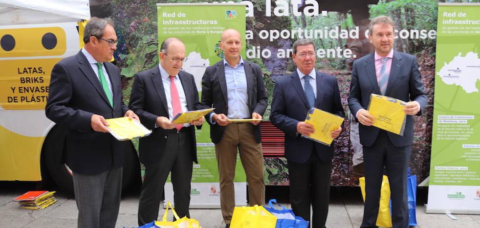 La campaña 'Reciclar es una oportunidad' dejará 60.000 bolsas de reciclaje en Burgos