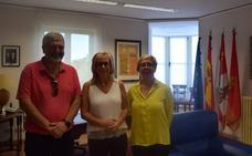 FAE entrega a Fundación Lesmes y Parkinson Burgos los 10.000 euros recaudados con el concierto de Rosario Flores