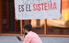 Profesores de la URJC estudian demandar a la universidad por los perjuicios que están sufriendo por el caso máster