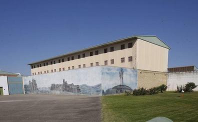 UGT advierte que la cárcel de Dueñas sobrepasa su capacidad en presos peligrosos