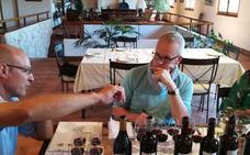 Tim Atkin: «Ribera sabe vender su vino a precios rentables para el productor»