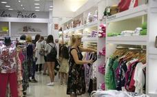 Los comerciantes esperan un otoño poco veroño para remontar la ventas
