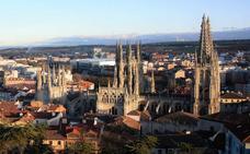 El archivo de la Catedral de Burgos supera los 200.000 documentos catalogados, un 40% de su volumen