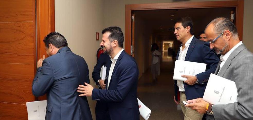 Los procuradores abordan el final de la legislatura con atasco de leyes en las Cortes