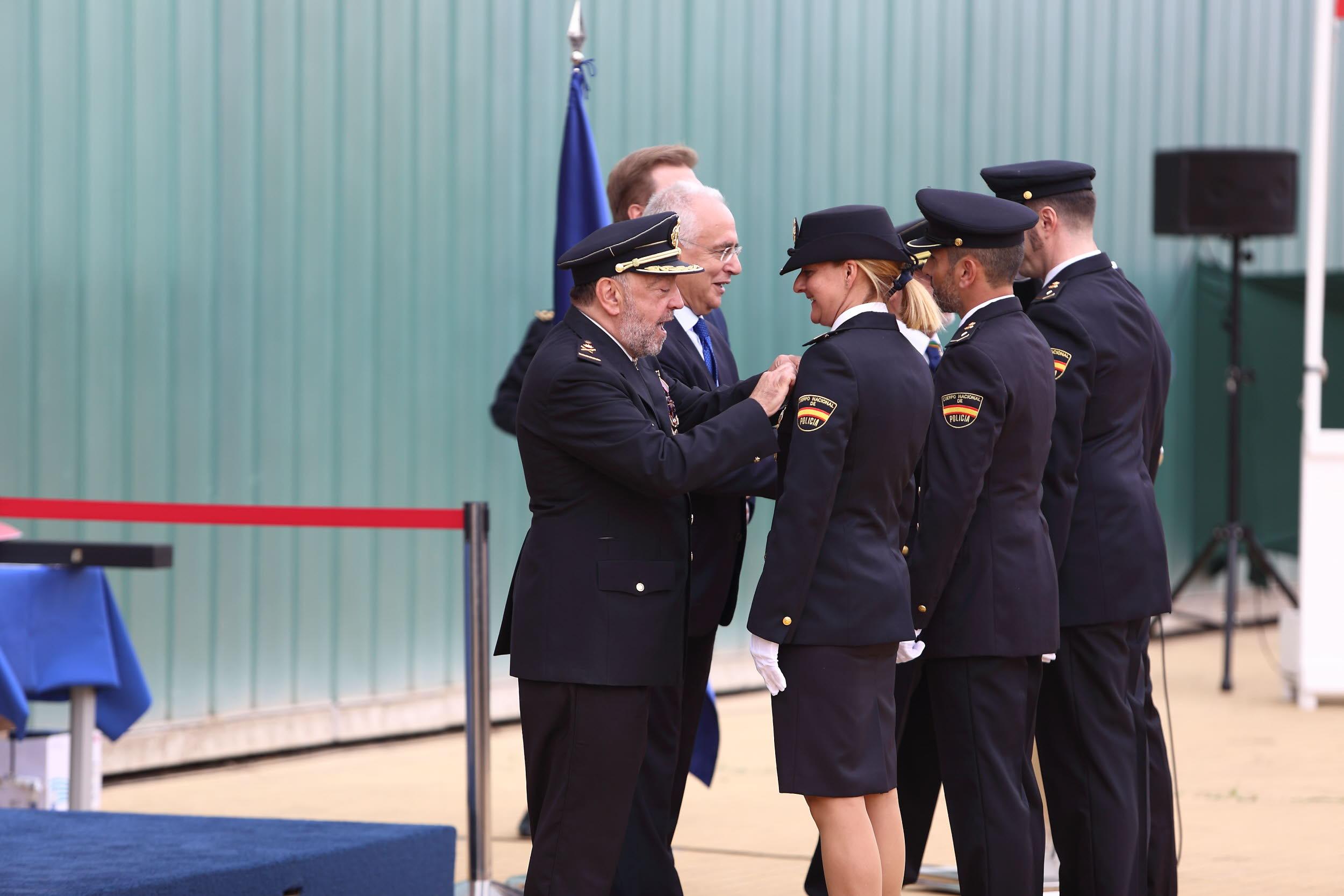Las policías y militares españolas dan un paso firme hacia igualdad ...
