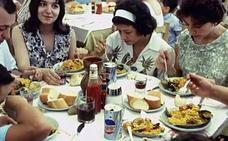 Paella, sangría y olé, marca España desde 1964