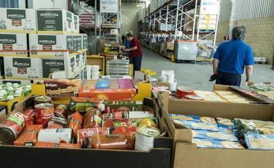 El Banco de Alimentos de Burgos recibe un 12% más de productos en el último año