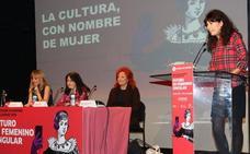 La mujer prosigue su lucha por buscar espacios en la esfera cultural
