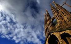 La Sagrada Familia aportará 36 millones en diez años a su entorno y tendrá licencia en 2019