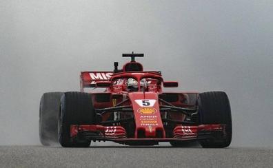 Vettel se dispara en el pie ante el dominio de Hamilton