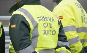 La Guardia Civil sorprende a dos conductores en marcha intercambiando su posición al volante