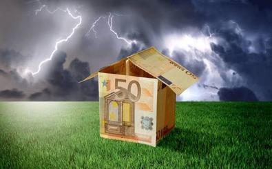 El Constitucional entra en el debate sobre los desahucios con la Ley Hipotecaria aún por aprobar