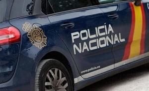 Arrestan en Aranda a un vecino por amenazar con una navaja a agentes de policía