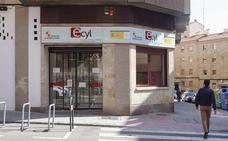 El paro cae en 7.400 personas en el tercer trimestre en Castilla y León y cierra en 127.000 la cifra de desempleados