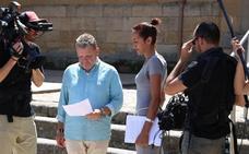 Preguntan a Herrera si va a contratar a Chicote para saber qué pasa en las residencias de ancianos Castilla y León