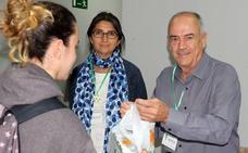 Voluntarios tras los pasos contra el cáncer en Valladolid