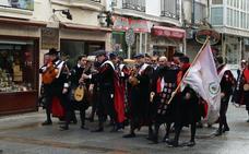 La música de las tunas recorre las calles de Burgos
