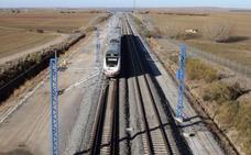 Los empresarios piden aumentar el transporte de mercancías por ferrocarril